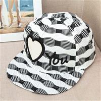 nón snapback sọc i love you